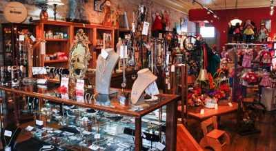 Maple and Moose Blyth Ontario Artisan Store