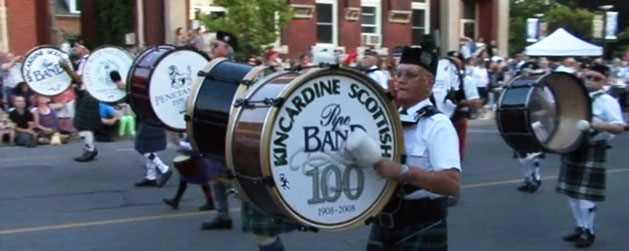 kincardine-scottish-pipeband-parade