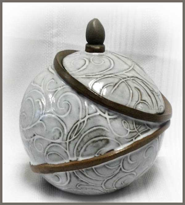 Susan-Nichol-Pottery Ripley Ontario