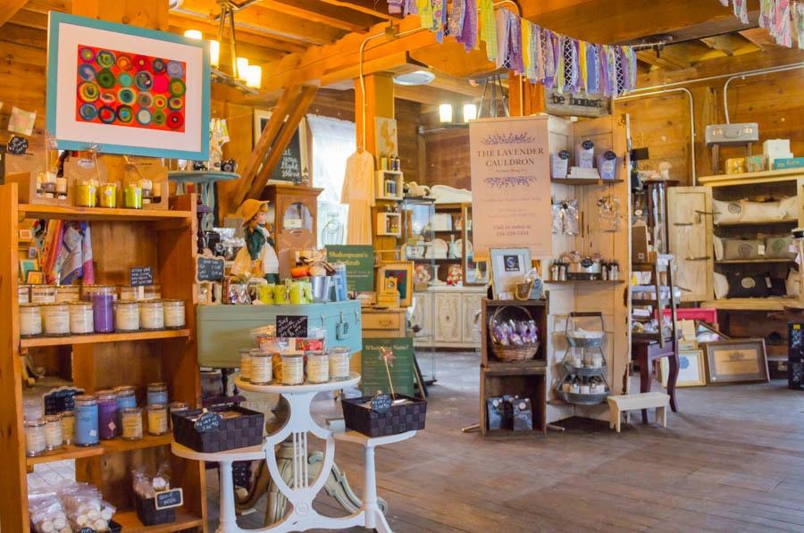 Lucy Pearlle Studio & Market - Wellesley